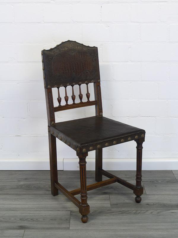 Antiker Stuhl Gründerzeit mit braunem Leder