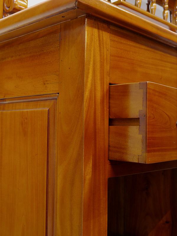 Detailansicht von der geöffneten Schublade