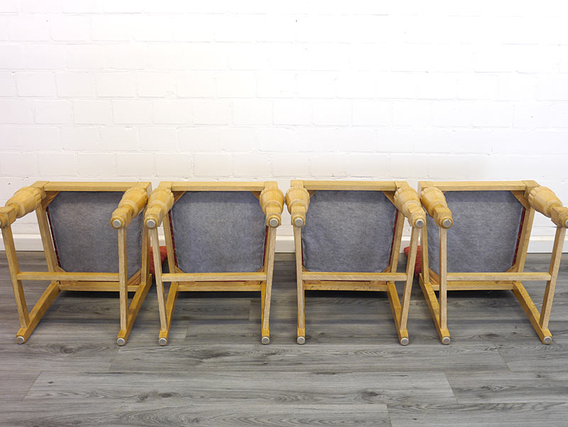 Unterseite von den Stühlen