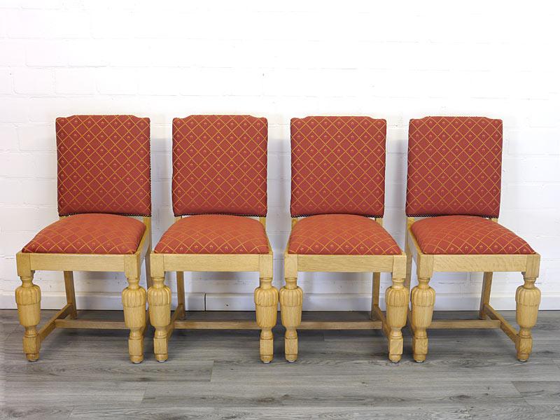 4 antike Stühle aus Eiche