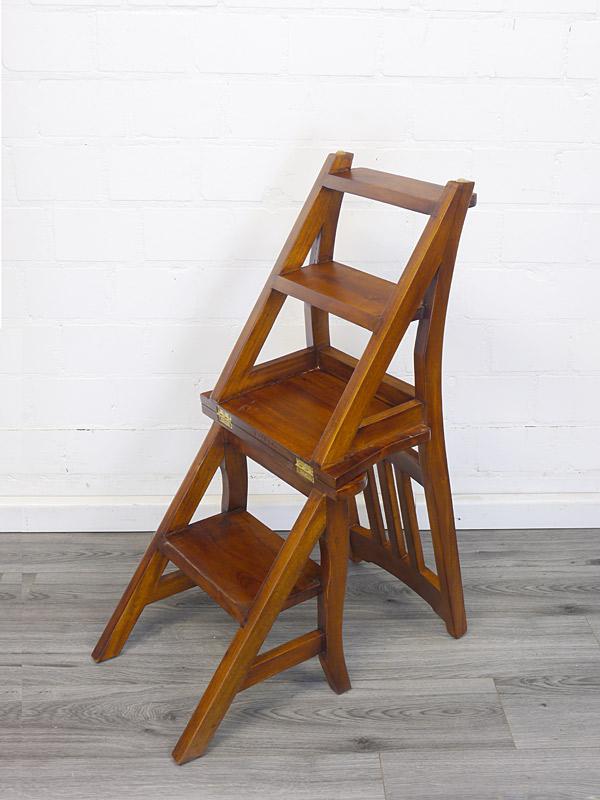 Stuhl ausklappbar zu einer Leiter