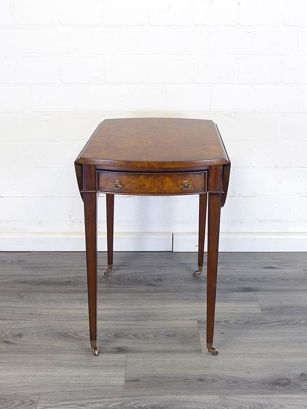 Gateleg Tisch zum zusammenklappen