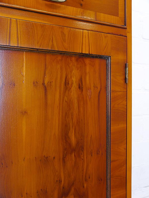 Nahaufnahme von der rechten Türfront