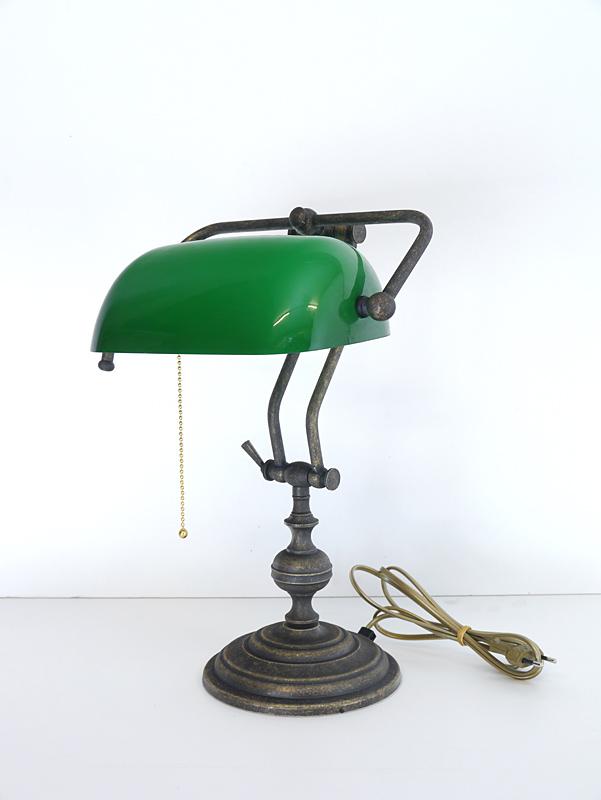 Bankerlampe aus Messing brüniert mit grünem Glasschirm