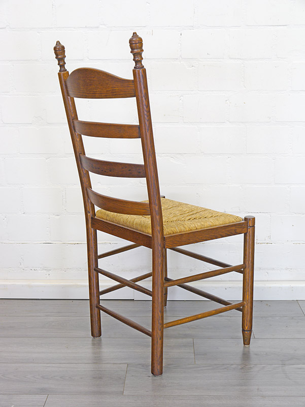 Rückseite von dem Stuhl