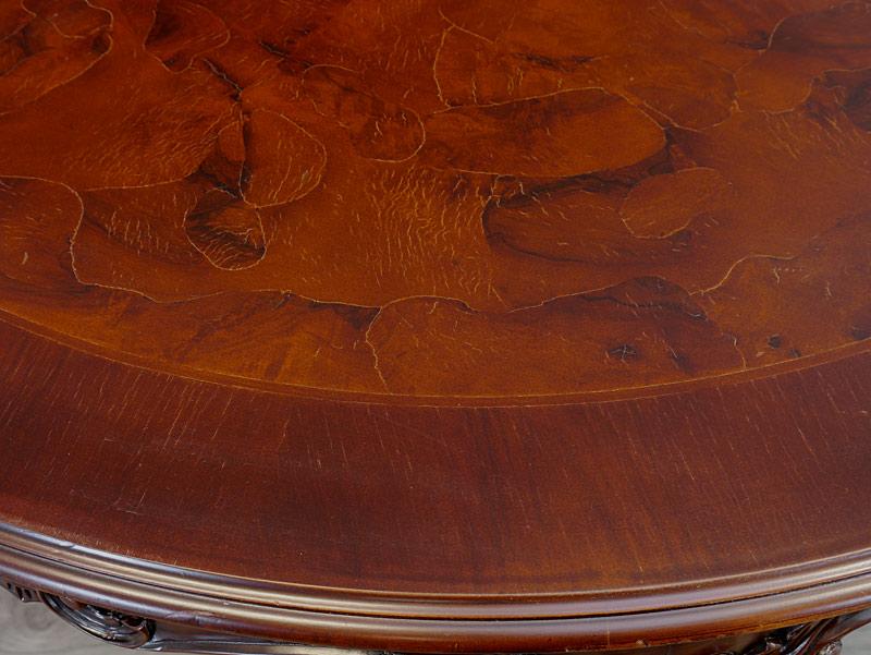 Detailansicht von der Tischfläche