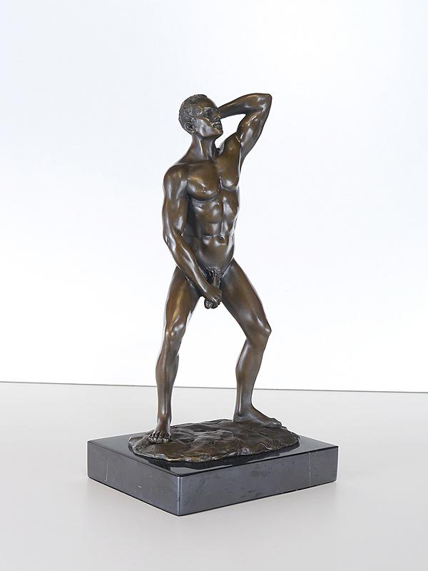 Männerakt Bronze Figur